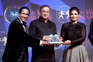 SACHIN KHEDEKAR receiving the title of Power Brand Outstanding Contribution to Marathi Cinema of the Year 2018